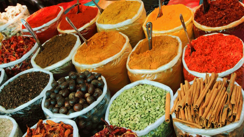 Spices-Market-1